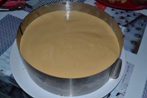 Biscuit recouvert de mousse caramel