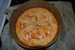 Gâteau basque aux cerises noirs