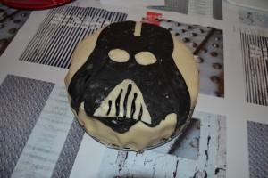 Gâteau Pinata Dark Vador