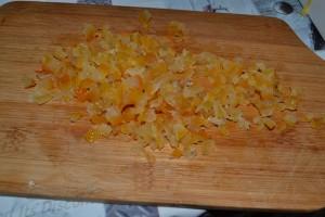 Oranges et citron confit coupés en dés