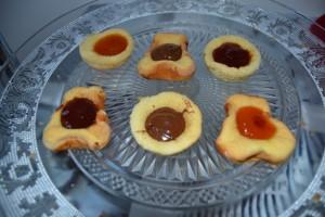 Biscuits rempli de confiture et pâte à tartiner