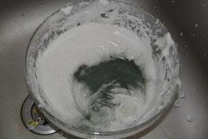 ajout du colorant vert en poudre