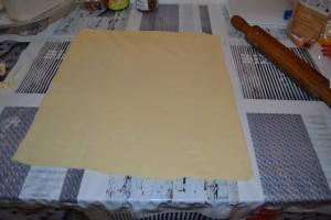 carré de pâte feuilletée