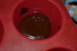 chocolat fondu dans les moules