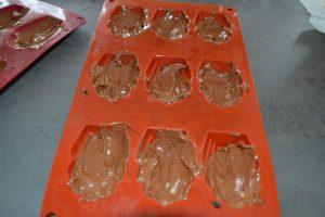 chocolat dans les moules