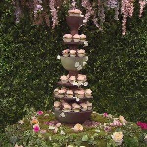 gâteau de mariage réaliser par une équipe de candidats