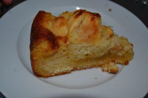 part de gâteau aux pommes