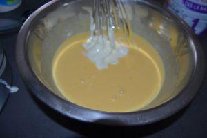ajout de la crème fraîche