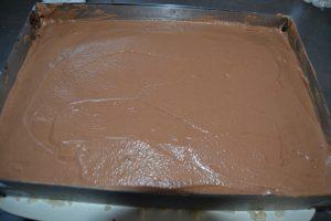 ajout de la mousse chocolat et lissage