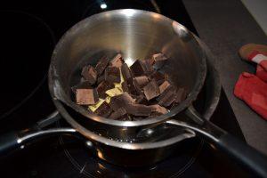chocolat et beurre au bain- marie