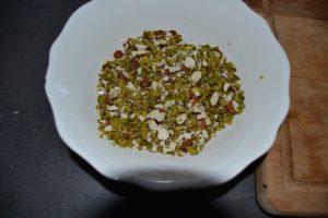 pistaches et noisettes mélanger ensemble