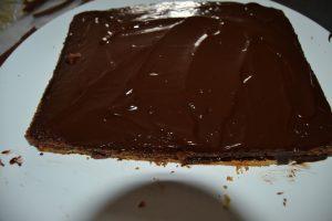 gâteau chocolat recouvert de ganache chocolat