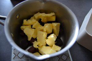 beurre et 2 chocolat au bain-marie