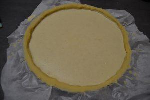 préparation flan verser sur la pâte