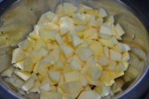 pommes coupées en dés