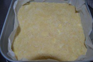pâte étaler avec le dos d'une cuillère