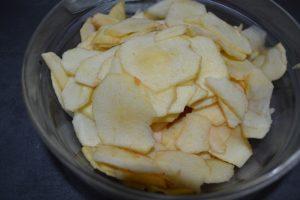 pommes couper finement