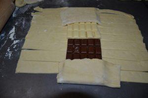 rectangle du haut et du bas rabattu sur le chocolat