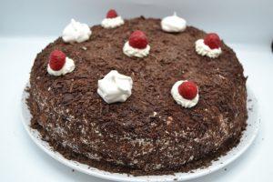 gâteau parsemer de copeaux de chocolat