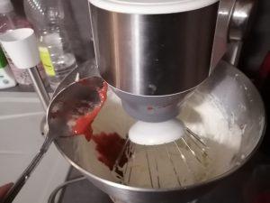 ajout du coulis de fraise