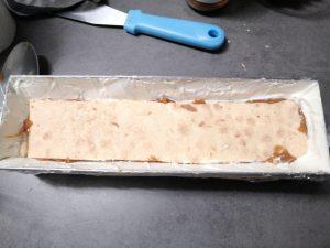biscuit déposer face caramel sur la ganache montée vanille