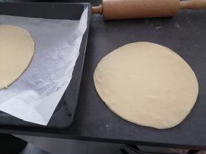 disques de pâte feuilletée inversées