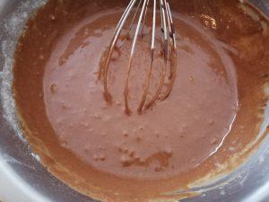 ajout du chocolat fondu et mélanger à la pâte