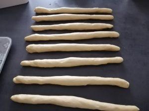8 boudins de pâte